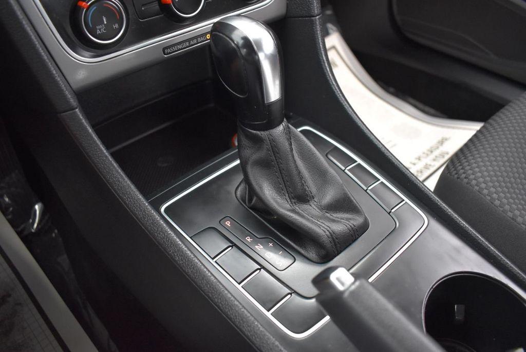 2013 Volkswagen Passat 4dr Sedan 2.0L DSG TDI SE w/Sunroof - 18378131 - 20