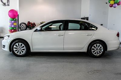 2013 Volkswagen Passat 4dr Sedan 2.5L Automatic S - Click to see full-size photo viewer