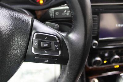 2013 Volkswagen Passat 4dr Sedan 3.6L V6 DSG SEL Premium - Click to see full-size photo viewer