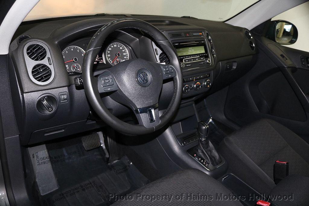 2013 Volkswagen Tiguan 2WD 4dr Automatic S *Ltd Avail* - 17647474 - 17