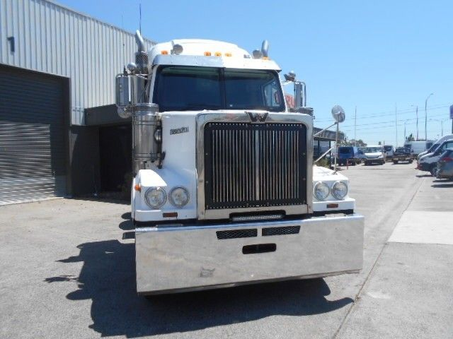2013 Western Star 4864FX fuel haul kit 6x4 - 18474932 - 3