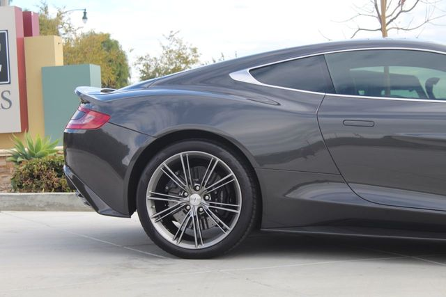 2014 Aston Martin Vanquish 2dr Coupe - Click to see full-size photo viewer