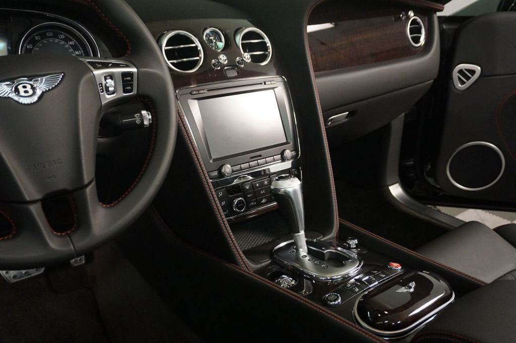 2014 Bentley Continental GT V8 2dr Convertible - 18061450 - 17