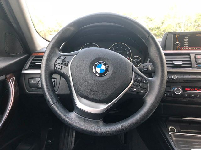 2014 BMW 3 Series  - Click to see full-size photo viewer