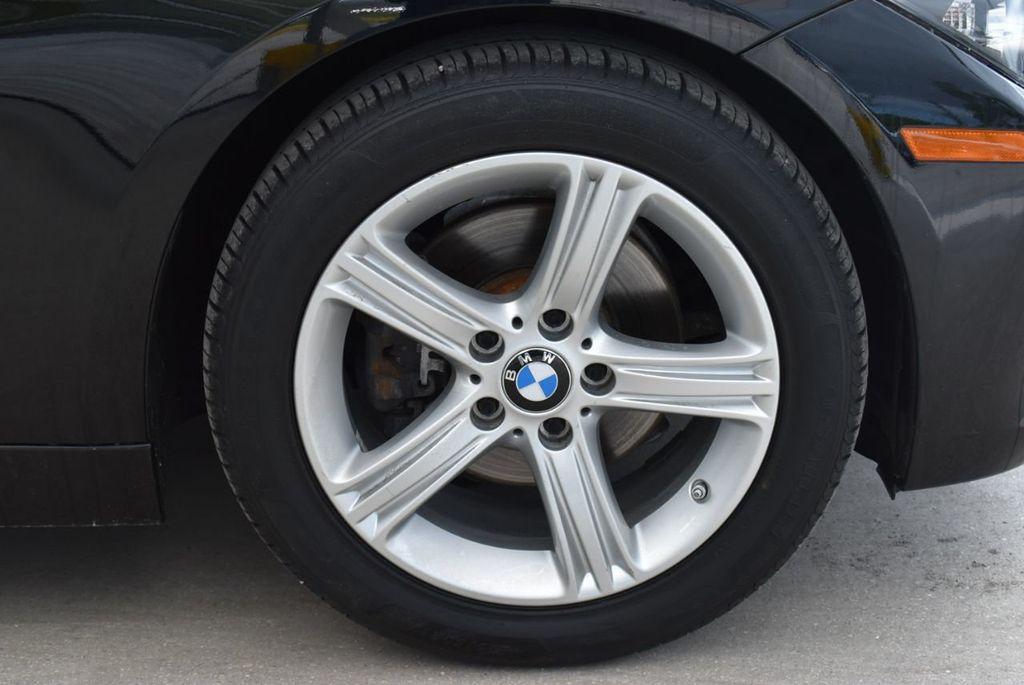 2014 BMW 3 Series 320i - 18218711 - 9