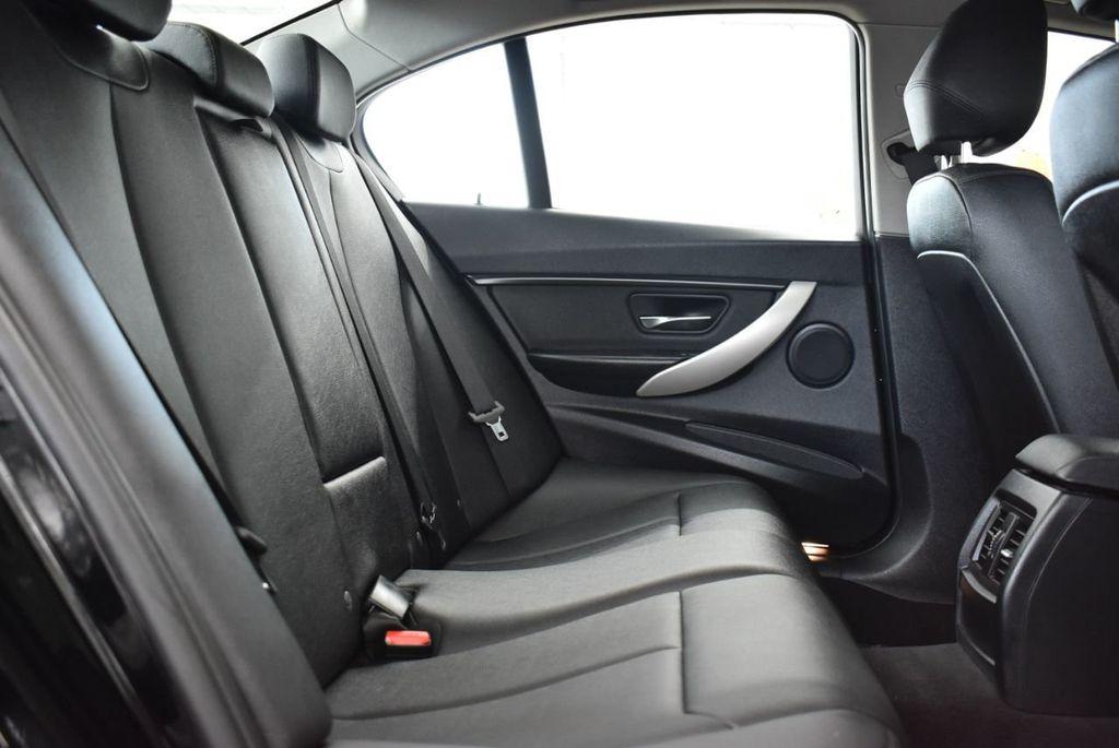 2014 BMW 3 Series 320i - 18218711 - 16