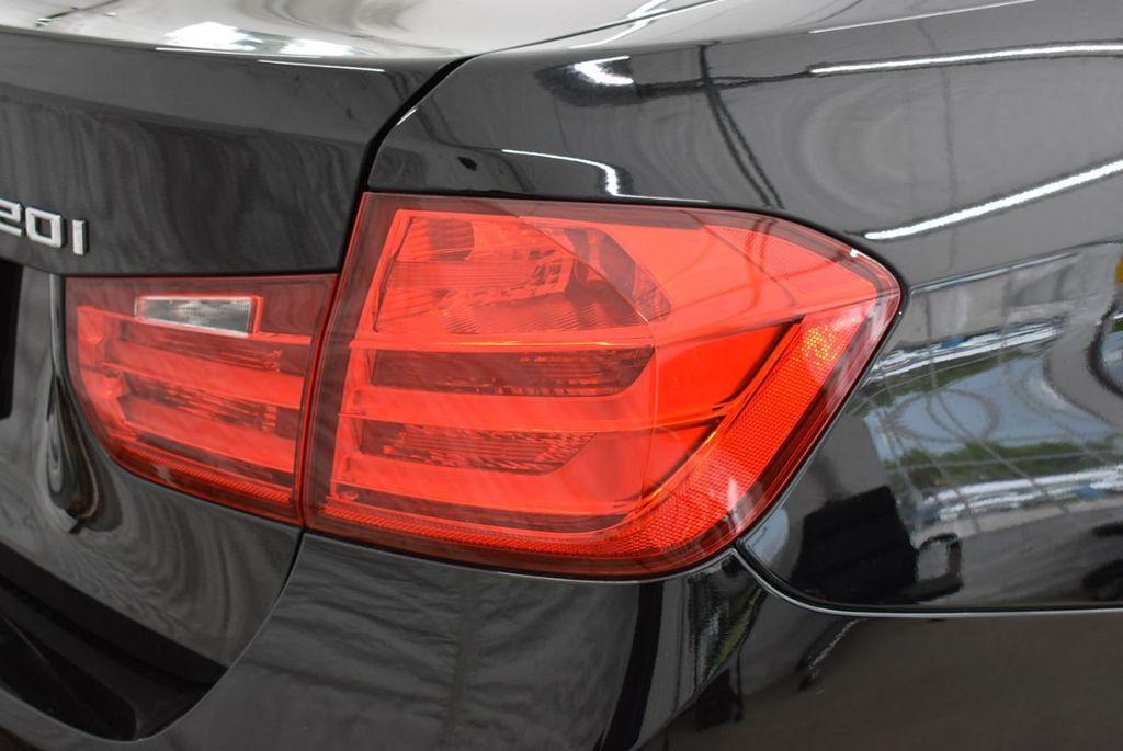 2014 BMW 3 Series 320i - 18218711 - 1