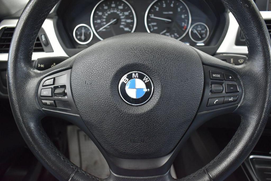 2014 BMW 3 Series 320i - 18218711 - 19