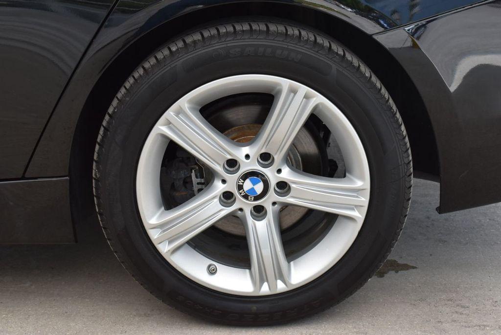 2014 BMW 3 Series 320i - 18218711 - 7
