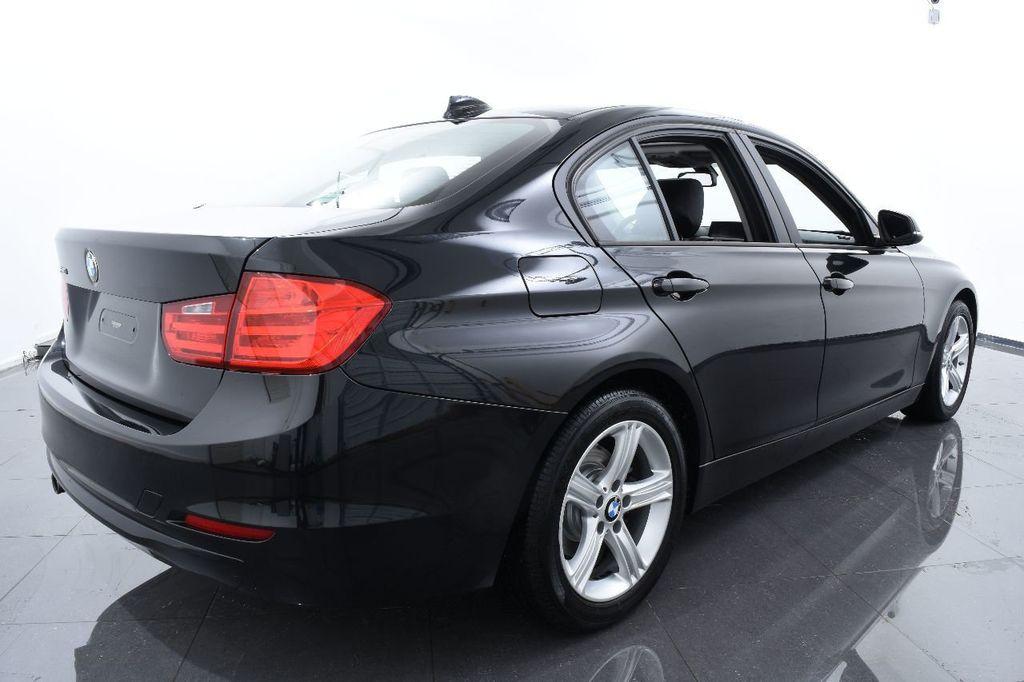 2014 BMW 3 Series 320i - 17546899 - 9