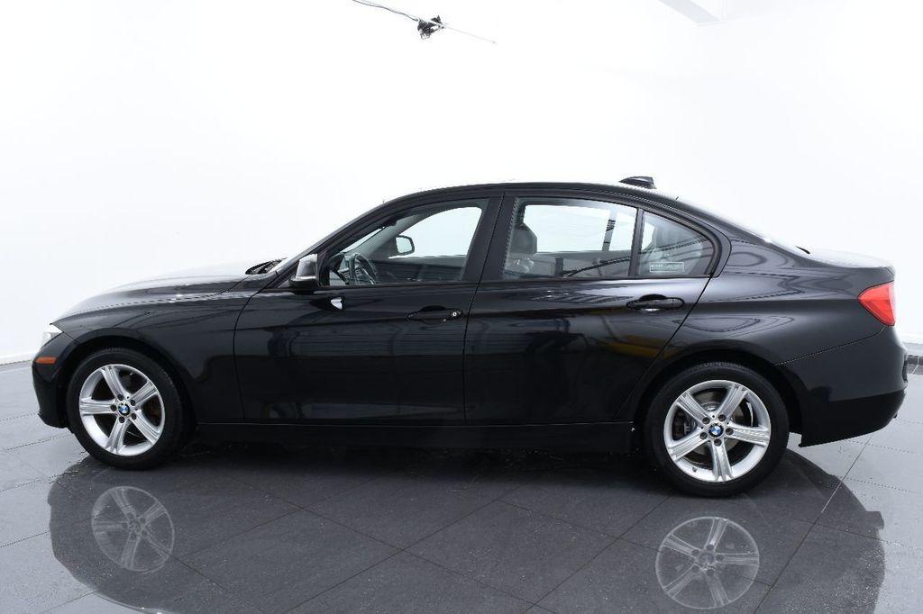 2014 BMW 3 Series 320i - 17546899 - 10
