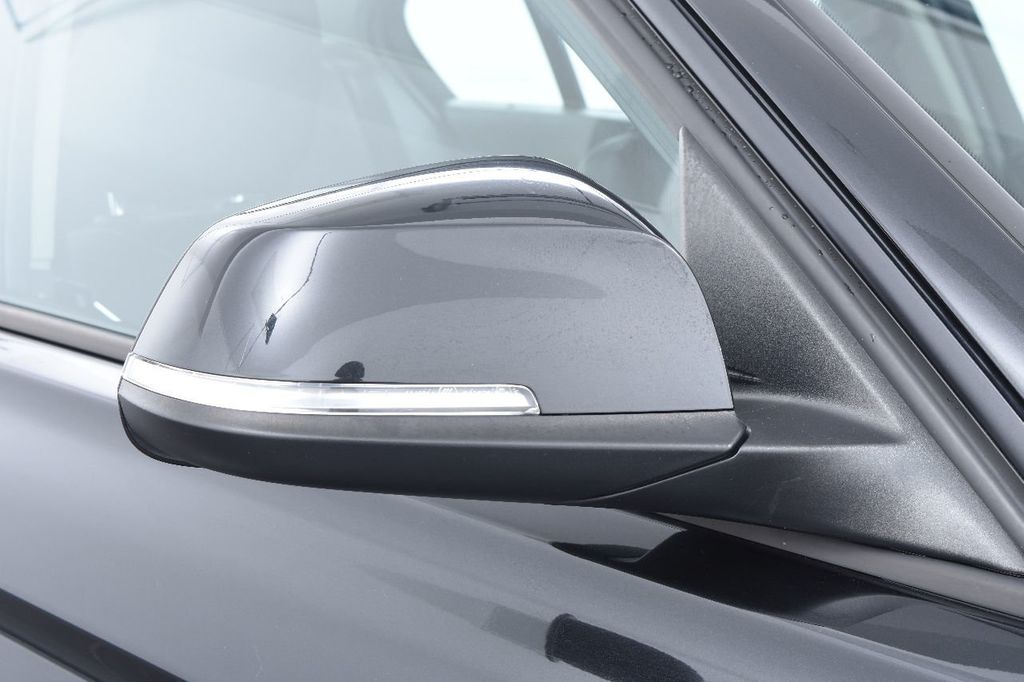 2014 BMW 3 Series 320i - 17546899 - 14