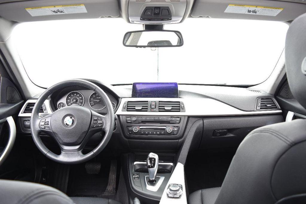 2014 BMW 3 Series 320i - 17546899 - 28