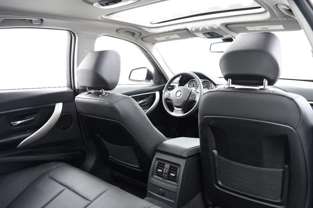 2014 BMW 3 Series 320i - 17546899 - 47