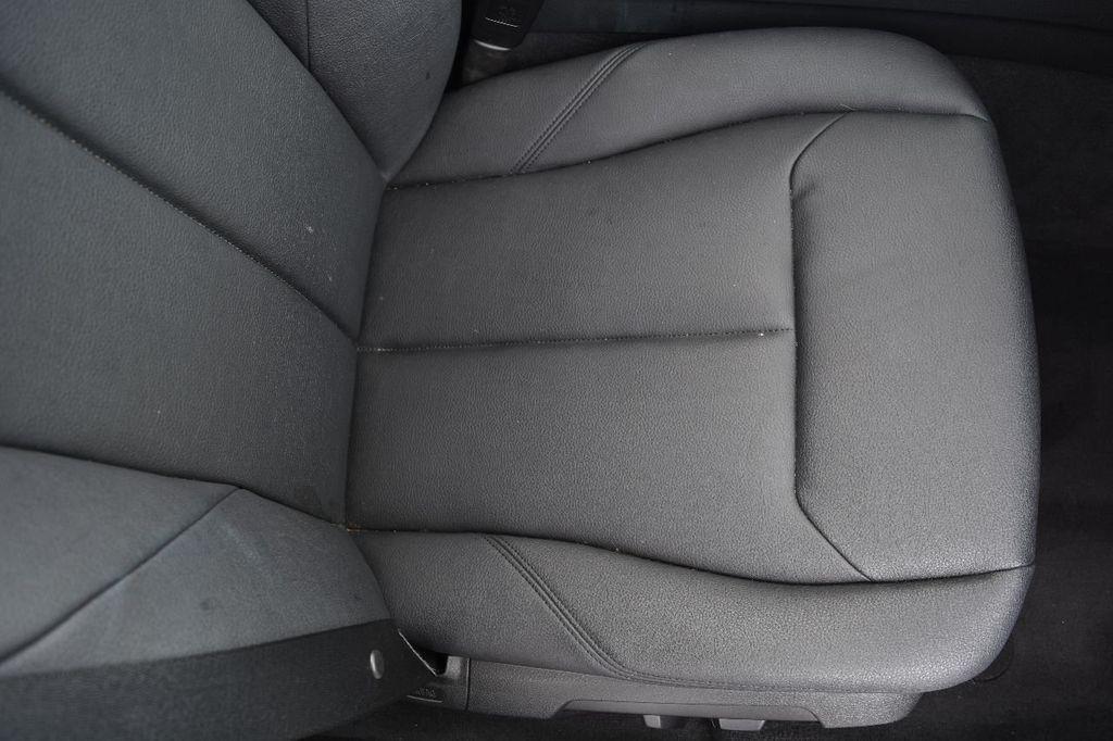 2014 BMW 3 Series 320i - 17546899 - 49