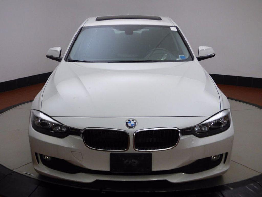 2014 BMW 3 Series 320i xDrive - 16660379 - 1