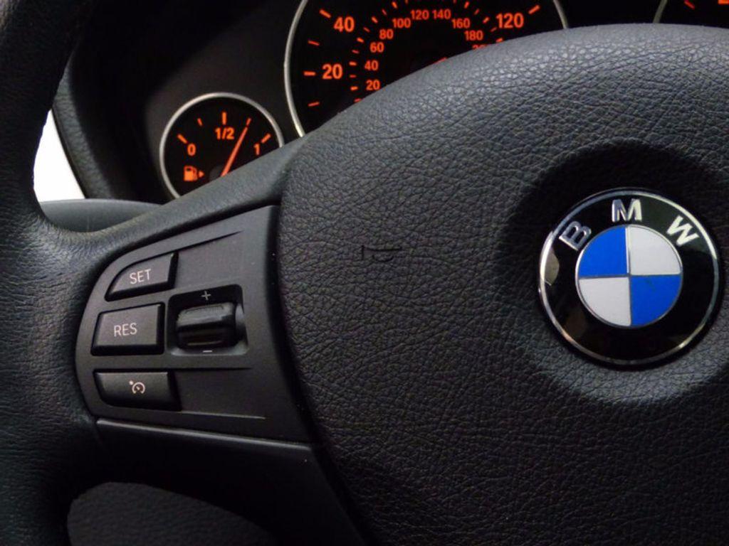 2014 BMW 3 Series 320i xDrive - 16660379 - 30