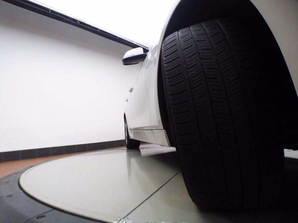 2014 BMW 3 Series 320i xDrive - 16660379 - 32