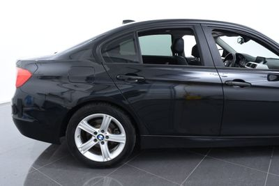 2014 BMW 3 Series 328d xDrive - Click to see full-size photo viewer
