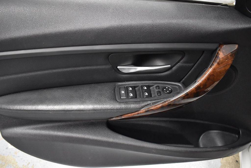2014 BMW 3 Series 328i - 18365117 - 12