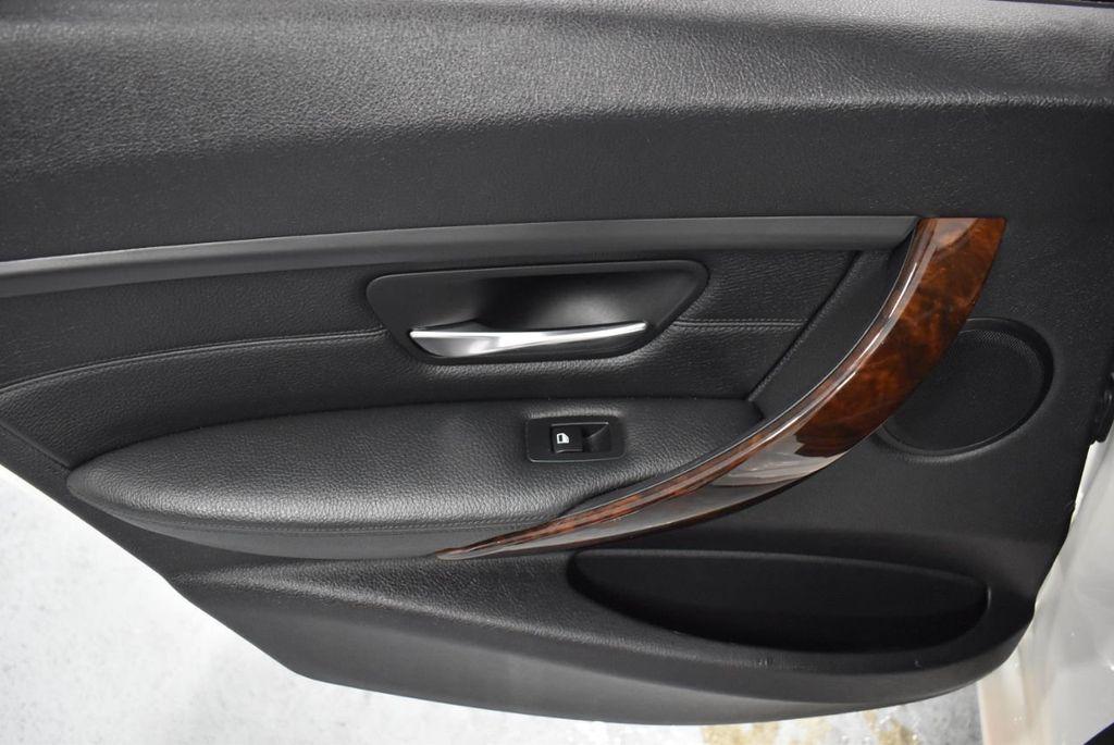 2014 BMW 3 Series 328i - 18365117 - 14
