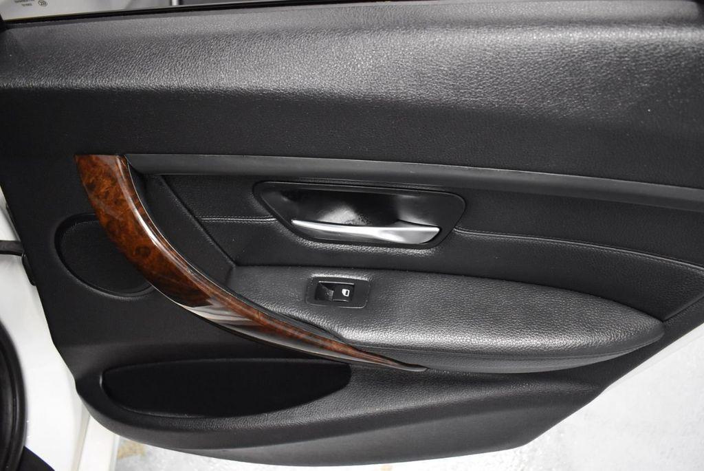 2014 BMW 3 Series 328i - 18365117 - 22