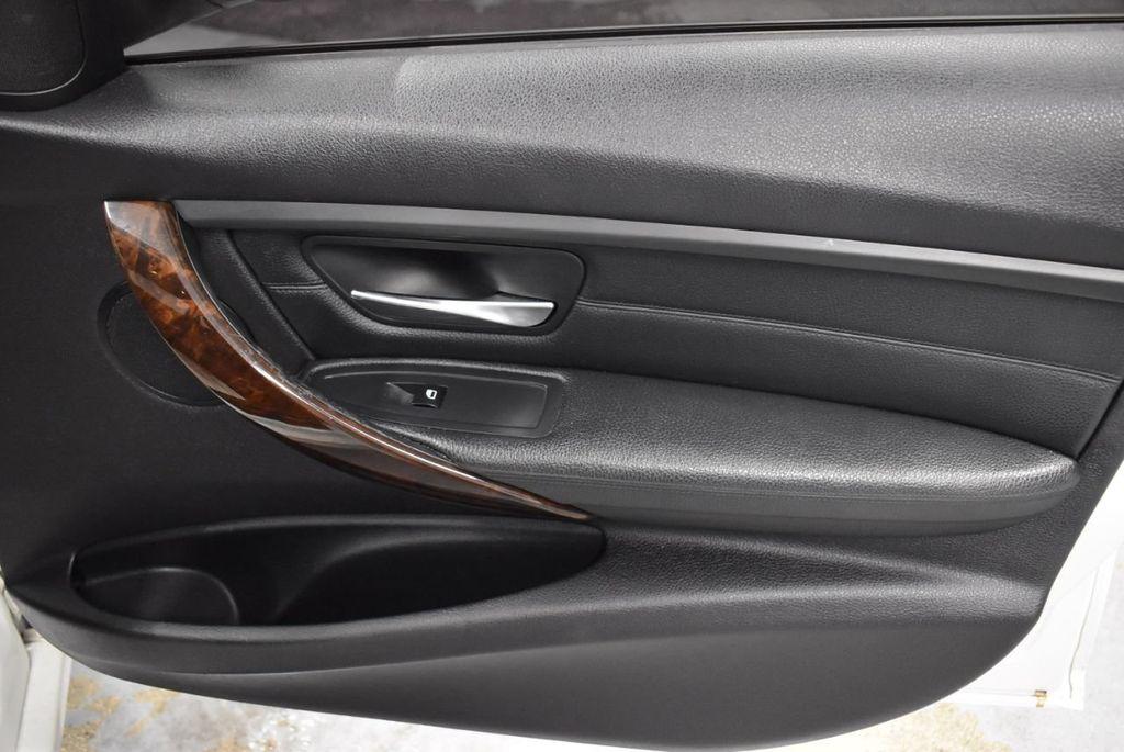 2014 BMW 3 Series 328i - 18365117 - 24