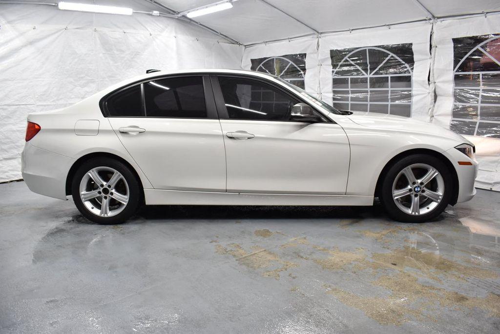 2014 BMW 3 Series 328i - 18365117 - 2