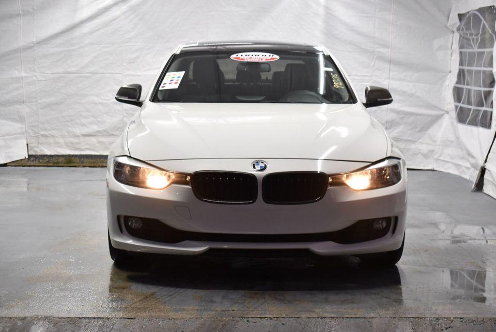 2014 BMW 3 Series 328i - 18365117 - 3