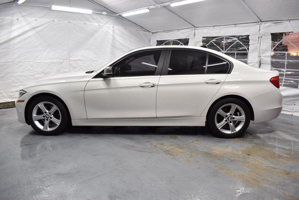 2014 BMW 3 Series 328i - 18365117 - 4