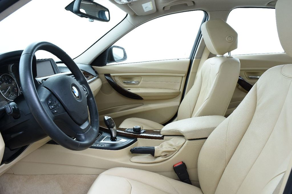 2014 BMW 3 Series 328i xDrive - 17638744 - 22