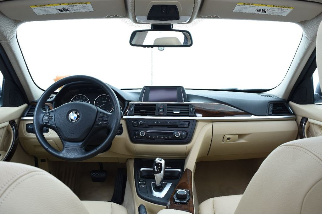 2014 BMW 3 Series 328i xDrive - 17638744 - 27