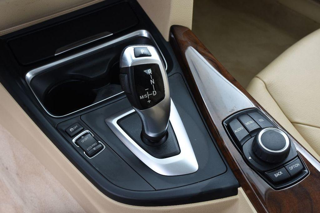 2014 BMW 3 Series 328i xDrive - 17638744 - 31