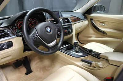 2014 BMW 3 Series 328i xDrive - Click to see full-size photo viewer