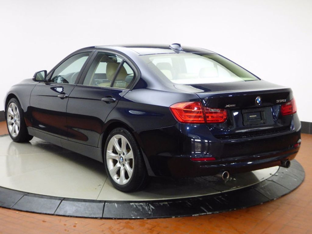 2014 BMW 3 Series 335i xDrive - 16601389 - 3