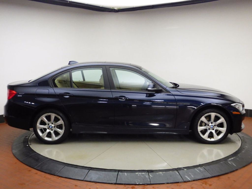 2014 BMW 3 Series 335i xDrive - 16601389 - 6