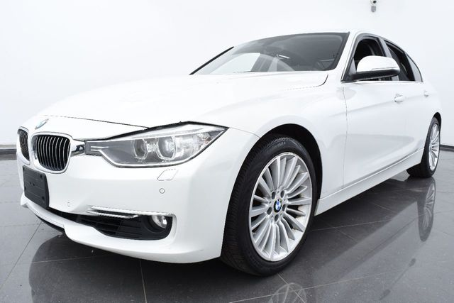 2014 BMW 3 Series LUXURY PKG