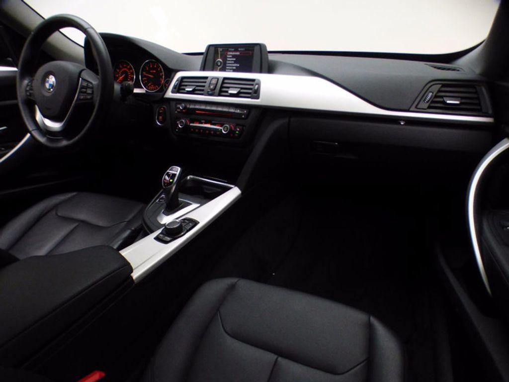 2014 BMW 3 Series Gran Turismo 328i xDrive Gran Turismo - 16582327 - 25