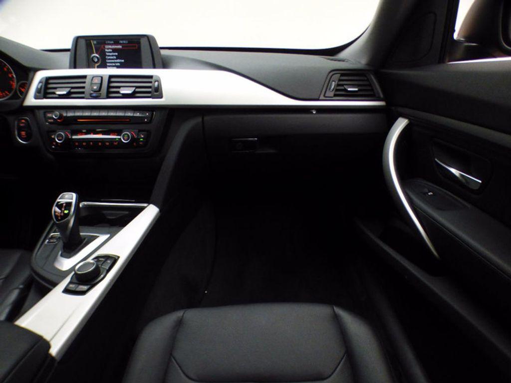 2014 BMW 3 Series Gran Turismo 328i xDrive Gran Turismo - 16582327 - 26