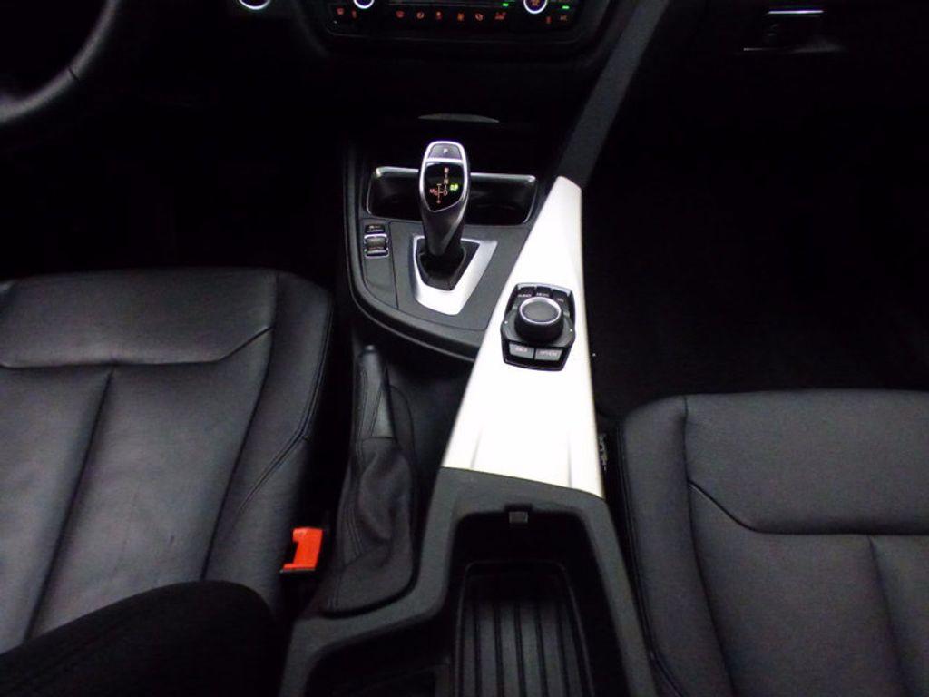 2014 BMW 3 Series Gran Turismo 328i xDrive Gran Turismo - 16582327 - 30
