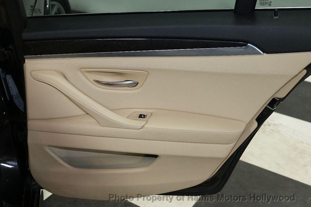 2014 BMW 5 Series 528i - 18164159 - 11