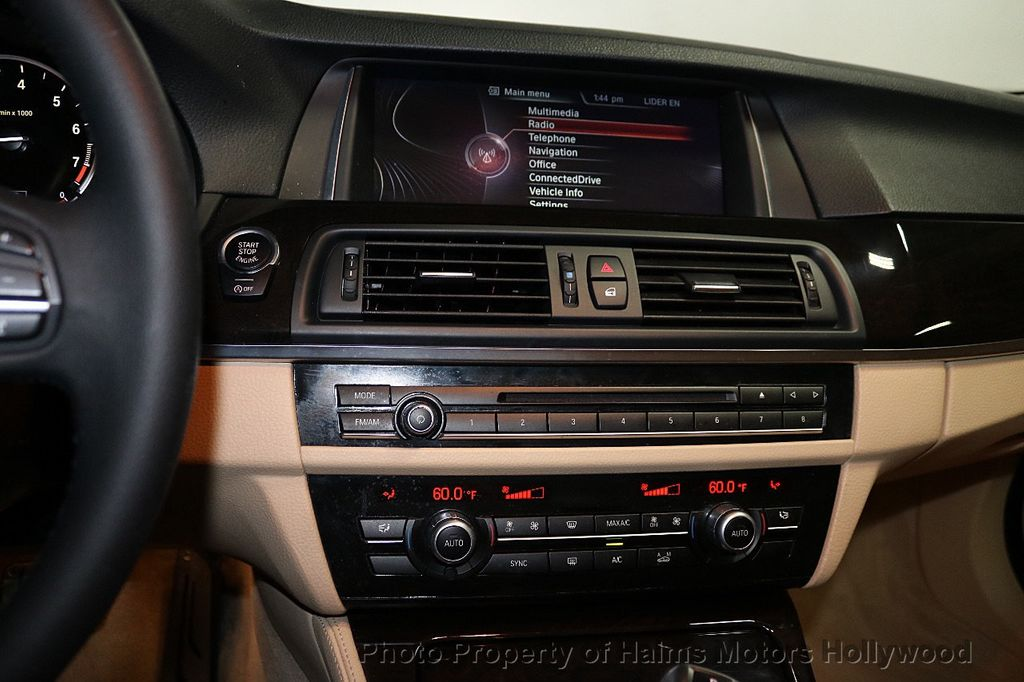 2014 BMW 5 Series 528i - 18164159 - 19