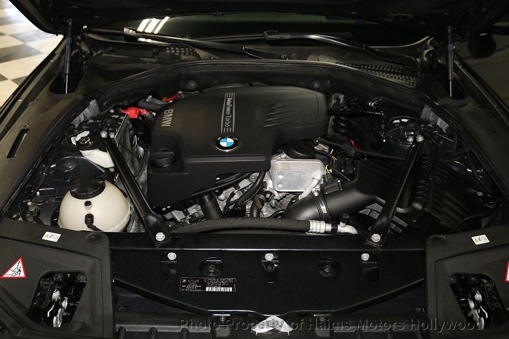 2014 BMW 5 Series 528i - 18164159 - 35