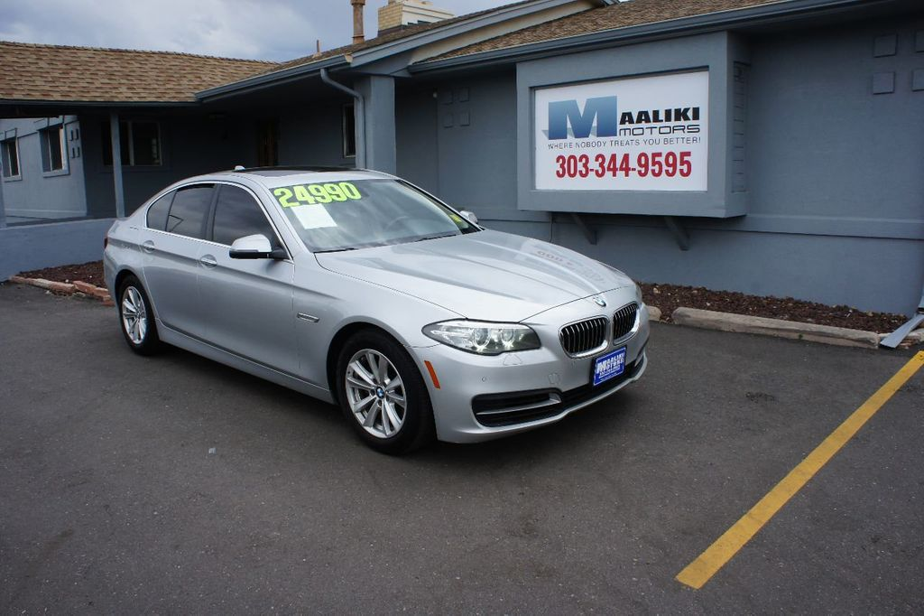 2014 BMW 5 Series 528i xDrive - 17744156 - 0