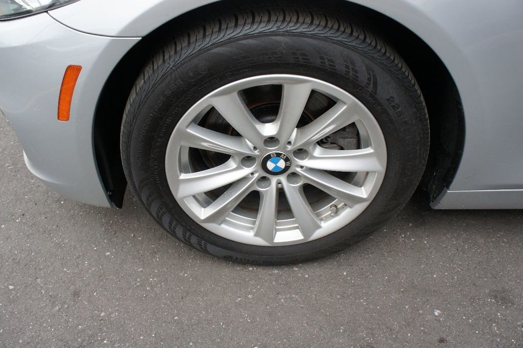 2014 BMW 5 Series 528i xDrive - 17744156 - 16