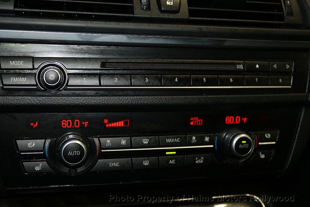 2014 BMW 5 Series 535i xDrive - 17522278 - 22