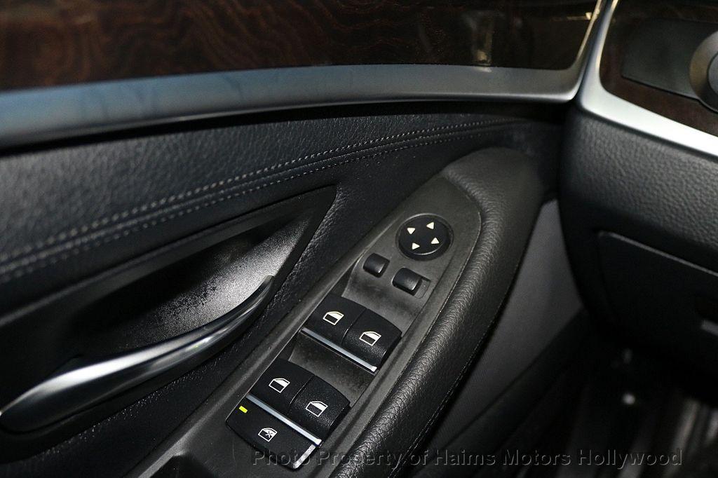 2014 BMW 5 Series 535i xDrive - 17522278 - 27