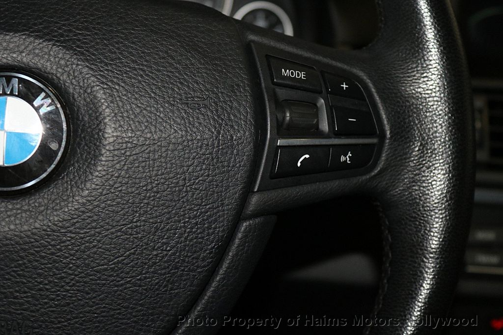 2014 BMW 5 Series 535i xDrive - 17522278 - 29