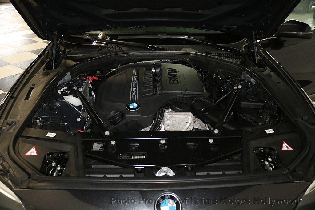 2014 BMW 5 Series 535i xDrive - 17522278 - 37
