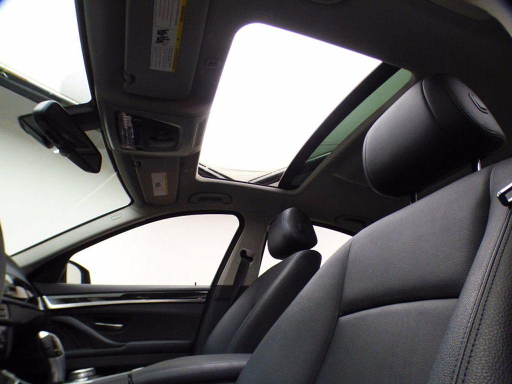 2014 BMW 5 Series 535i xDrive - 16510074 - 9